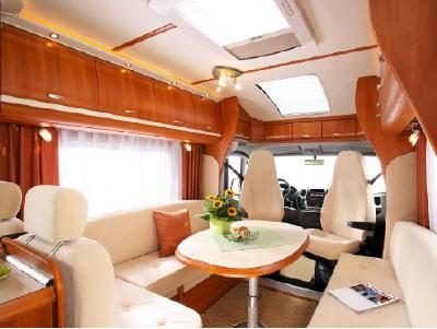 Autocaravana hobby toskana exclusive d 750 flc modelo de - Interior caravana ...