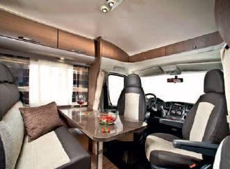 Adria Sport- Perfilada S 650 SF - Interior