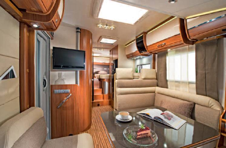 Adria Sonic Plus I 700 SL - Interior