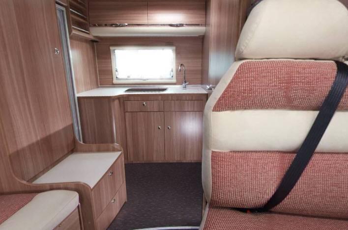 Adria MATRIX Axess M  590 SG - Interior