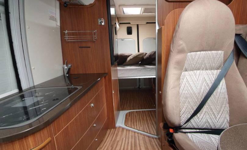 Adria Twin 600 SPT - Interior