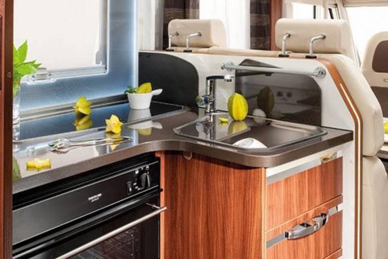 Adria Sonic Plus I 600 SL - Interior