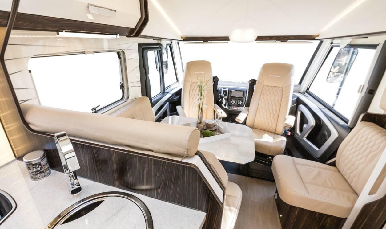 Bürstner Elegance I728G - Interior