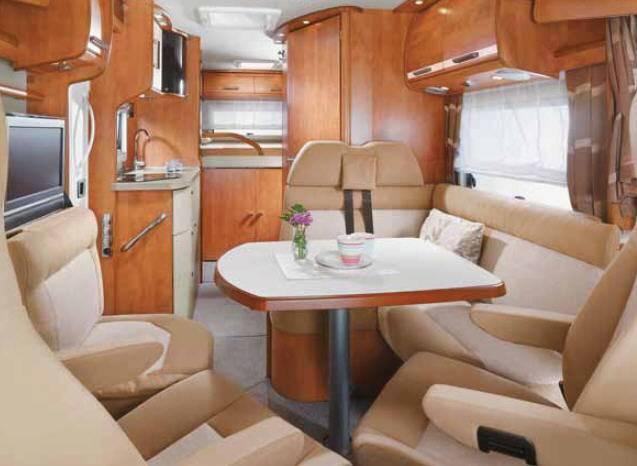 Carthago c-tourer  142 OB - Interior