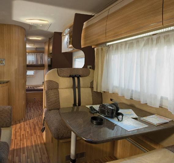 Elnagh Duke 67D - Interior
