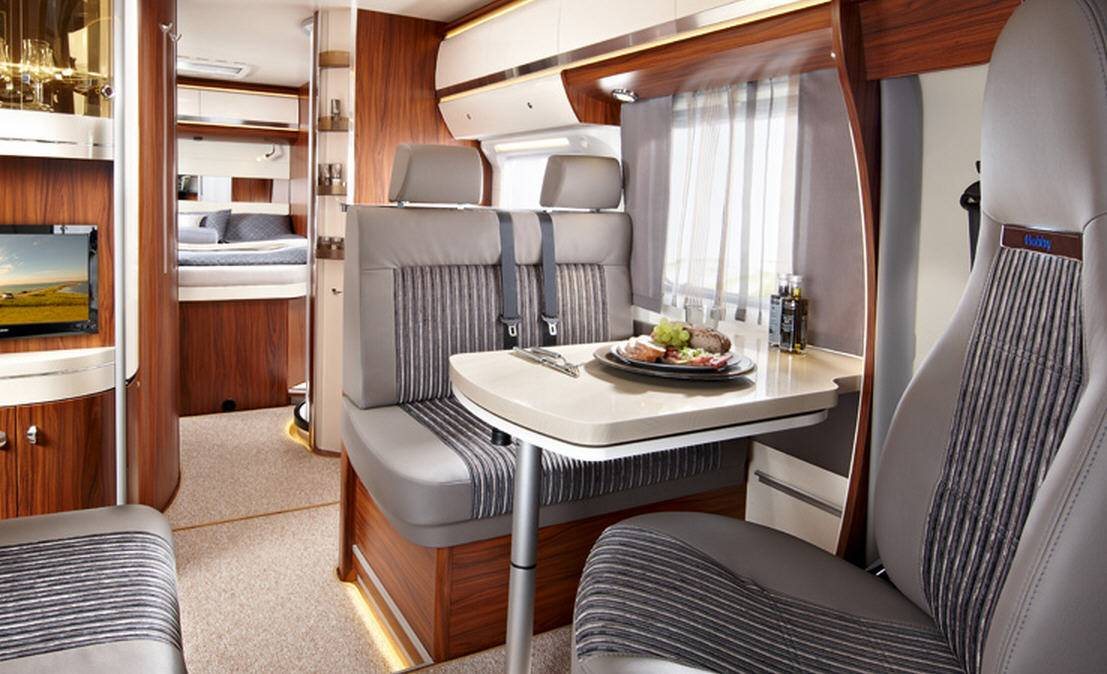 Hobby Premium Drive 70 Q - Interior