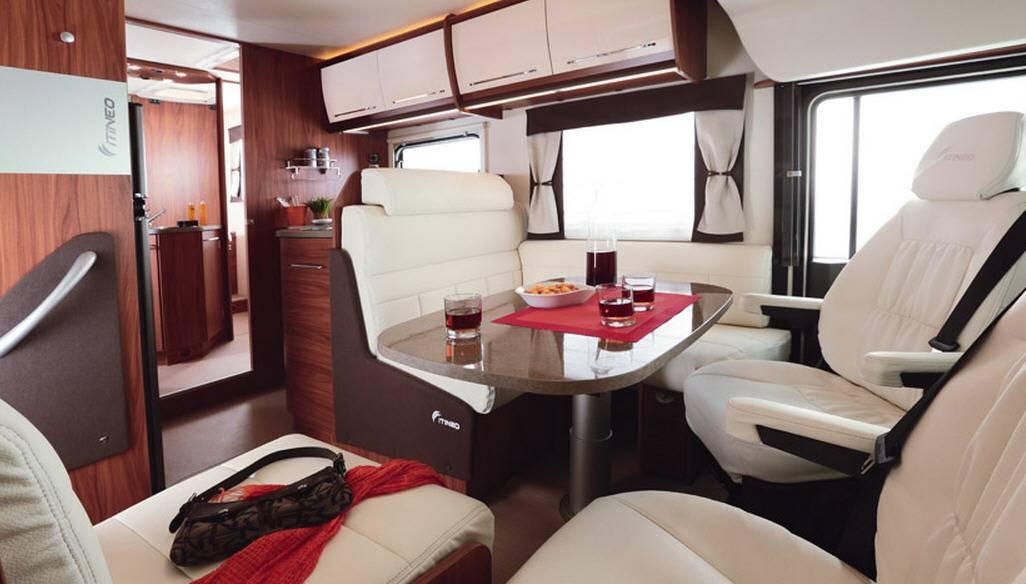 Itineo  CB740 - Interior