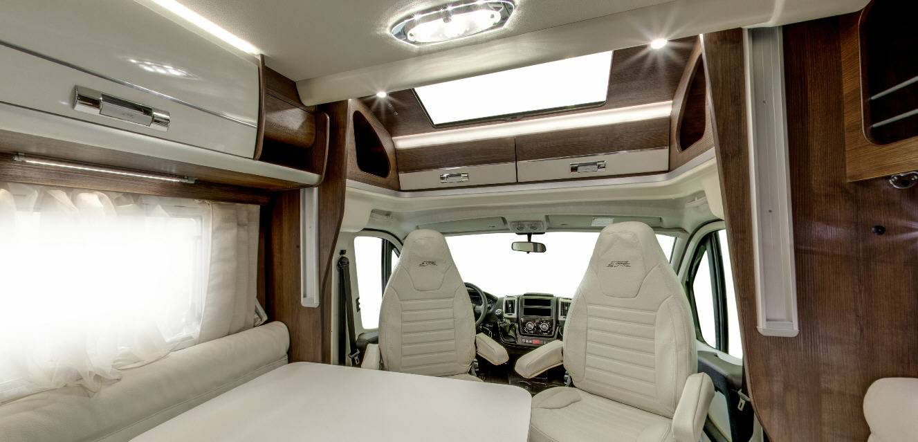 Laika Ecovip EV409 - Interior