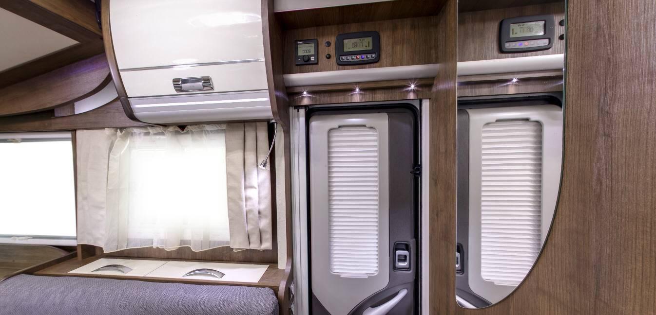 Laika Ecovip EV709 - Interior