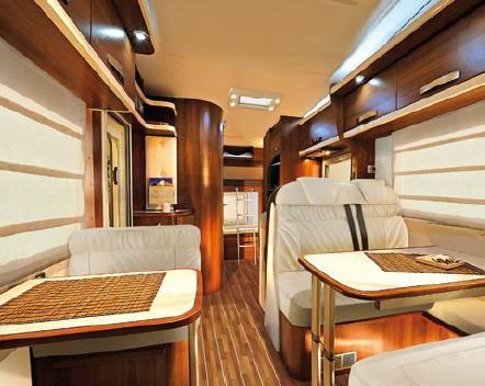 Mclouis Tandy 642 - Interior