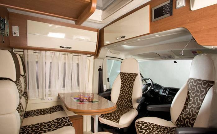 Mclouis Menfys van Van 3 Maxi DS Prestige - Interior