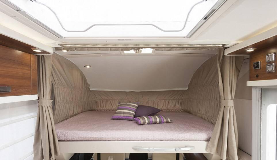 Mclouis NEVIS NEVIS 876 G - Interior