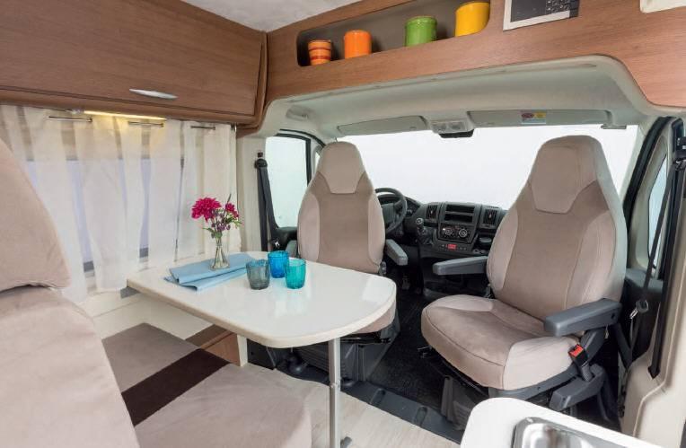 Mclouis PRESTIGE VAN 3 DS - Interior