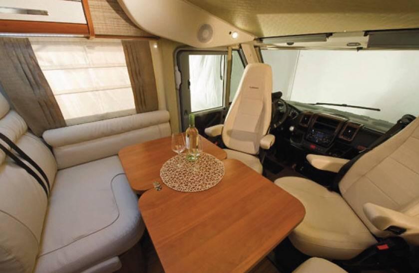 Mobilvetta K-yacht MH89 - Interior