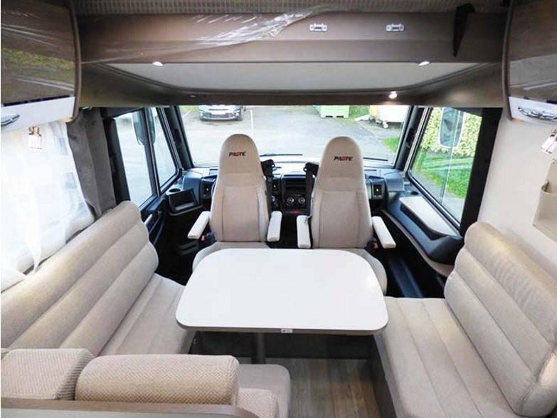 Pilote Galaxy G 740 G Sensation - Interior