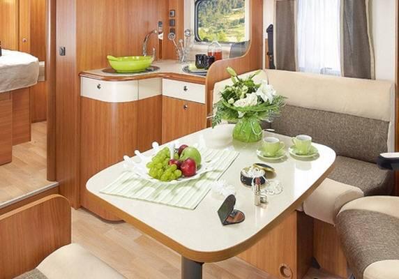 Rapido Serie 8 890 F - Interior