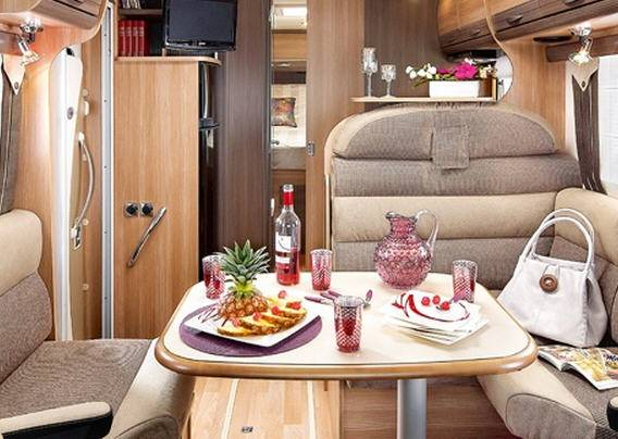 Rapido Serie 9 991 DF - Interior