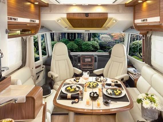 Rapido Serie 9 996 M - Interior