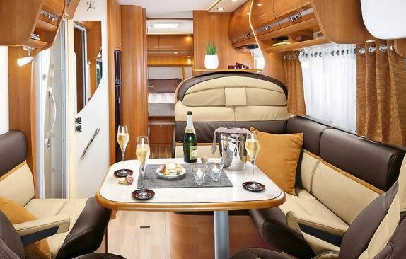 Rapido Serie 9 9090 dF Design Edition - Interior