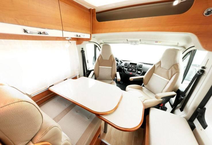 Rapido Van V 56 - Interior