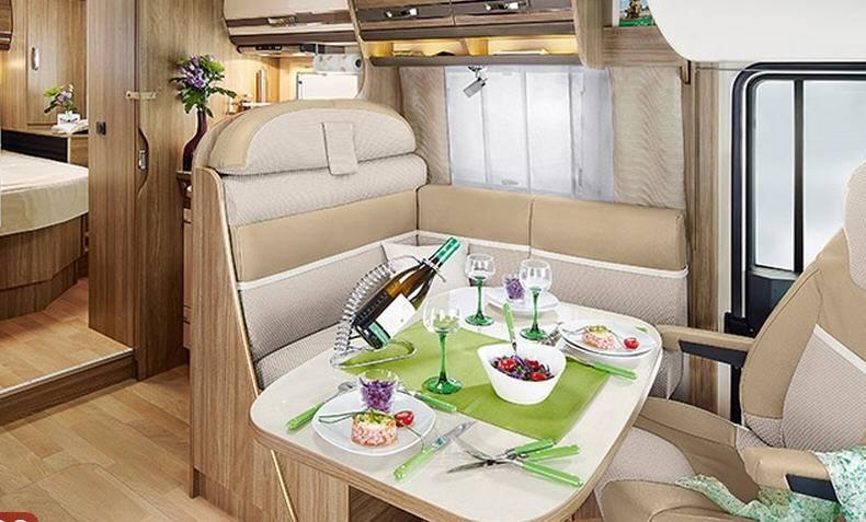 Rapido Serie 8 880 F - Interior