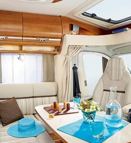Rapido Serie 6 682 - Interior