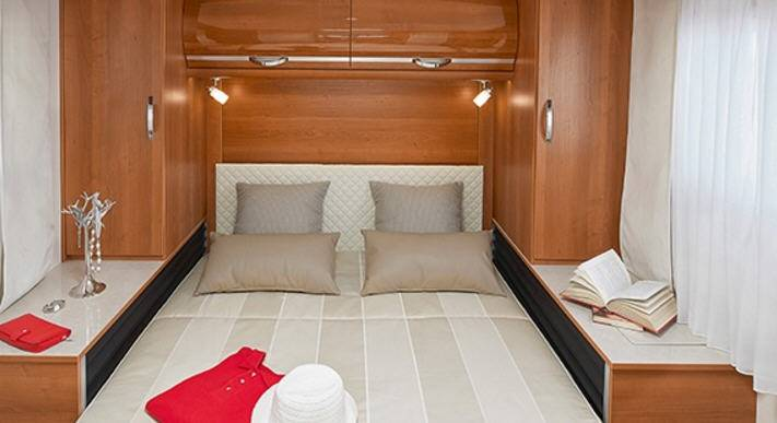 Rapido Serie 7 7090 FF - Interior