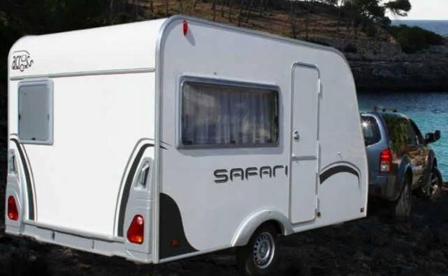 Across Safari 330DD - Exterior