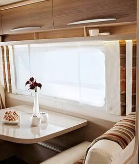 Bürstner Averso 545 TS - Interior