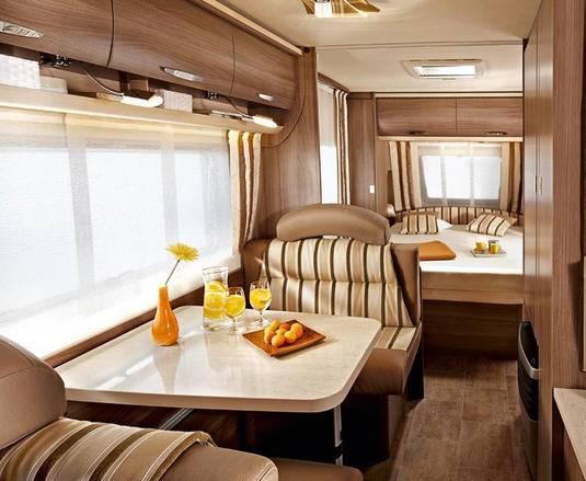 Bürstner Averso Top 470 TS - Interior