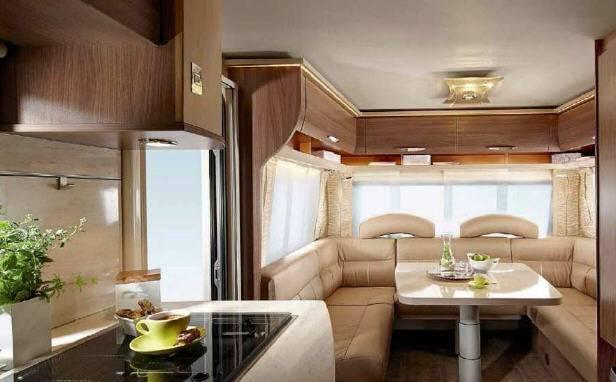 Bürstner AVERSO TOP 460 TS - Interior