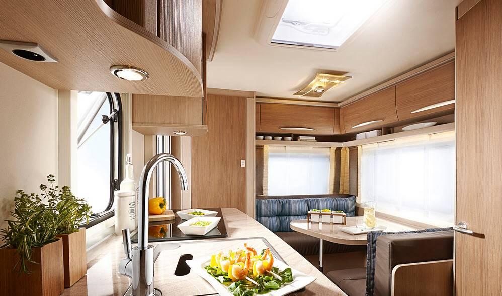 Bürstner Averso 430 TS - Interior