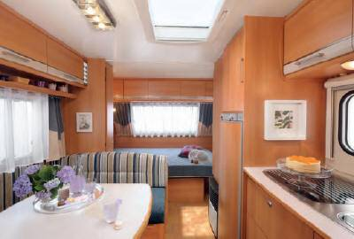 Caravana caravelair ambiace style 556 modelo de 2011 - Interior caravana ...