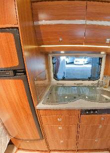Dethleffs NOMAD 650-RFT - Interior