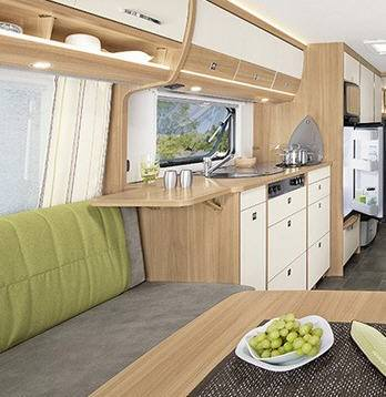 Dethleffs Camper 730 FKR - Interior
