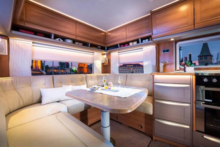Eriba Nova SL 530 - Interior