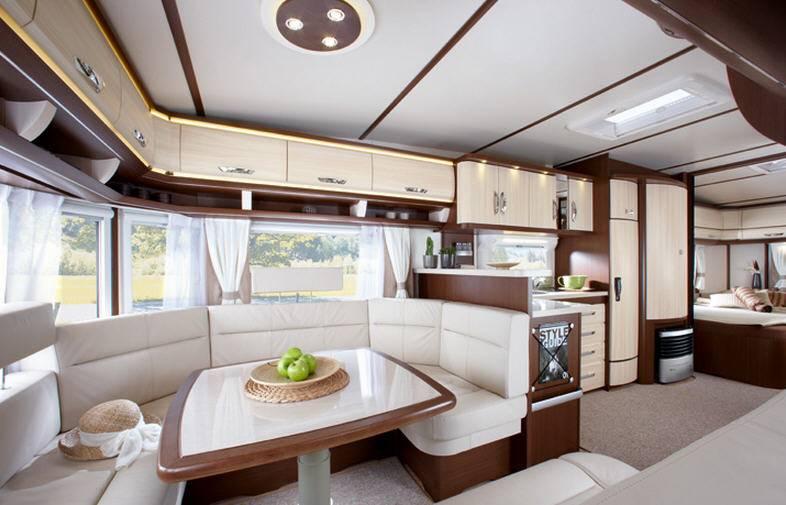 Hobby LANDHAUS 770 CFe - Interior