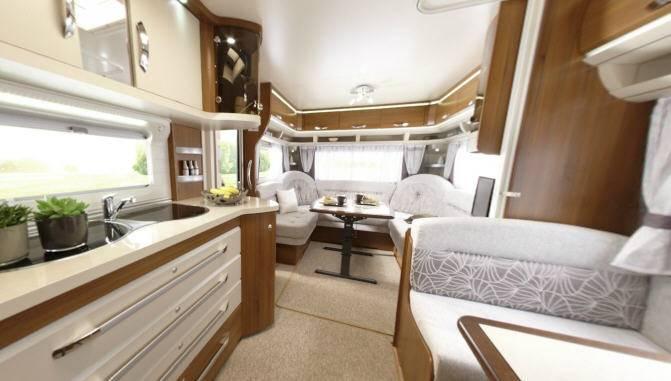 Caravana hobby premium 720 uml modelo de 2013 - Interior caravana ...