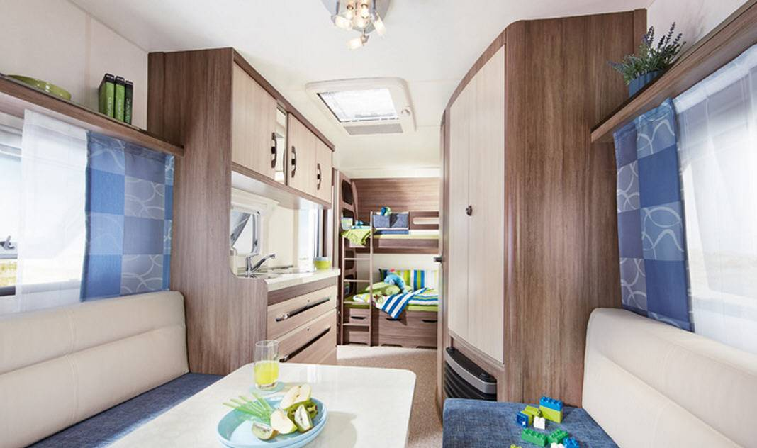 Hobby LUXE EASY 490-KMF - Interior