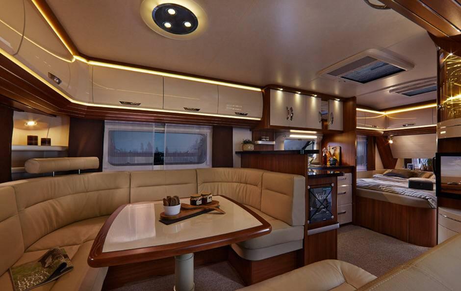 Hobby PREMIUM 540-KMFe - Interior