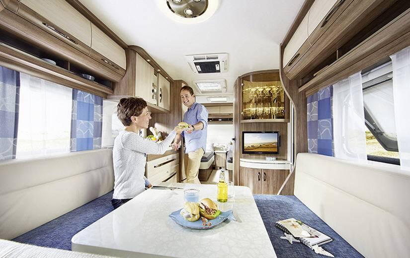 Hobby DELUXE 560-FFE - Interior