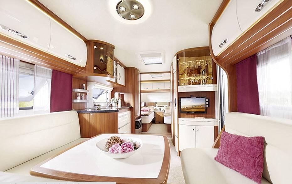 Hobby PREMIUM 560-WLU - Interior