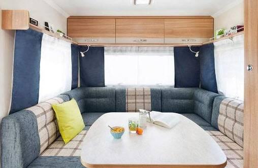 Sterckeman Starlett Comfort 430 CP - Interior