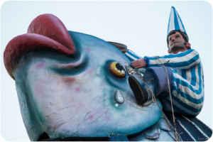 Murcia vibra con el entierro de la sardina