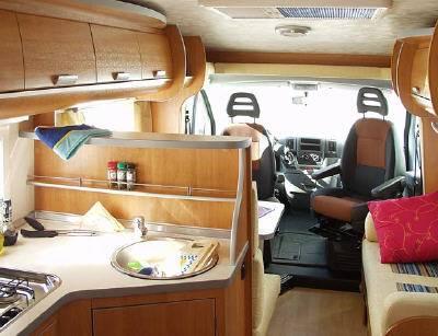 Autocaravana joint camping car spaceline spl 154 130 cv for Decoration exterieur de camping car