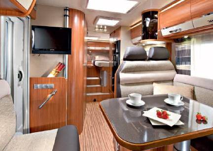 Adria Coral S 670 SL - Interior