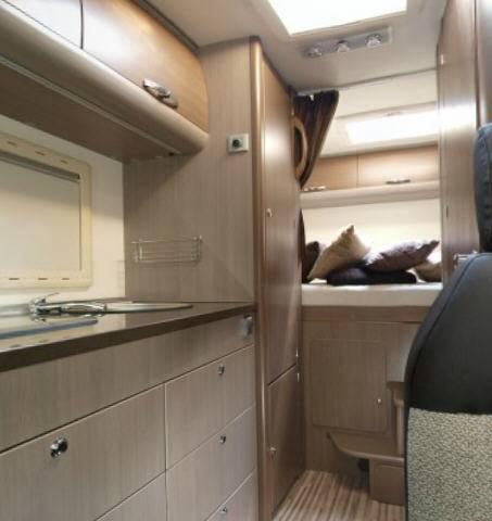 Adria Sport- Capuchina A 660 DP - Interior