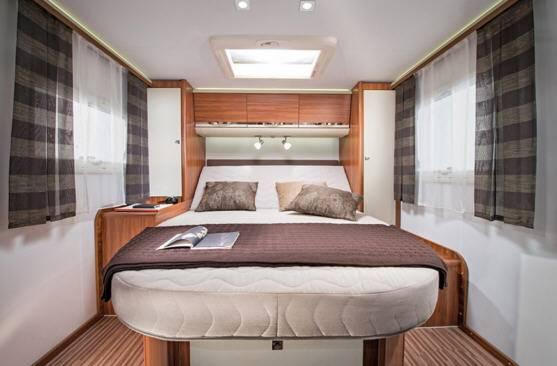 Adria MATRIX Plus M 670 SC - Interior