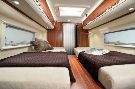 Adria Twin 50Y SLX - Interior