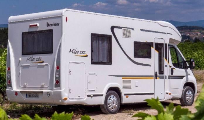 Benimar Mileo M282 - Exterior